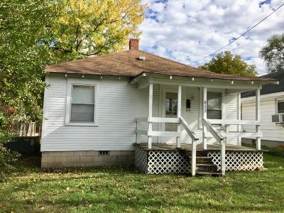 Greene County Single Family Home For Sale: 832 North Kansas Expressway