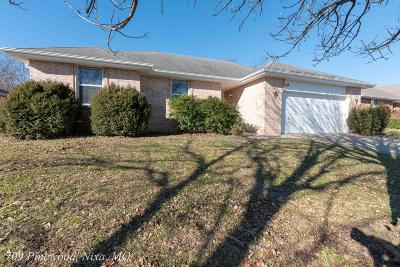 Nixa MO Single Family Home For Sale: $129,900