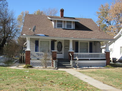 Springfield Single Family Home For Sale: 2519 North Main Avenue