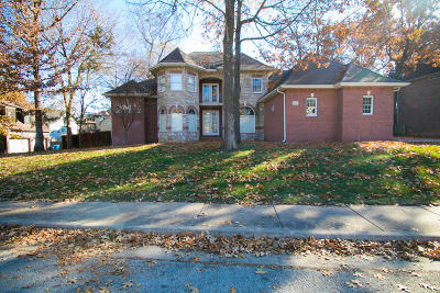 Ozark Single Family Home Active w/Contingency: 3414 North 10th Street