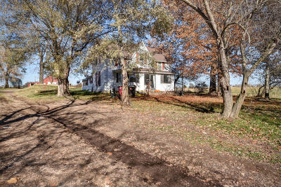Aurora Single Family Home For Sale: 18770 State Hwy. Ff