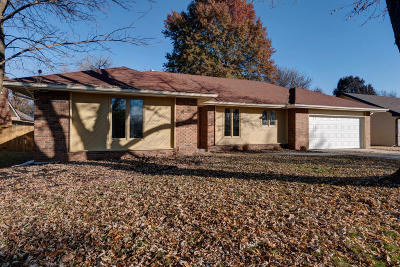 Springfield Single Family Home For Sale: 2747 West Maplewood Street