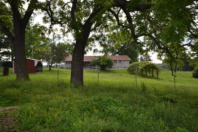 West Plains MO Farm For Sale: $549,900