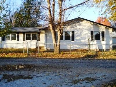 Springfield MO Single Family Home For Sale: $99,507