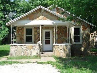 Springfield MO Single Family Home For Sale: $73,436