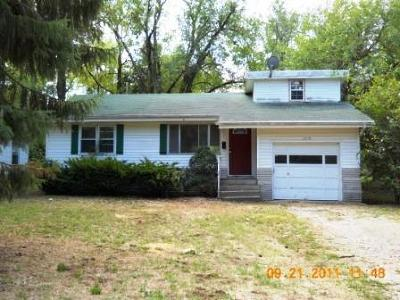 Springfield MO Single Family Home For Sale: $90,916