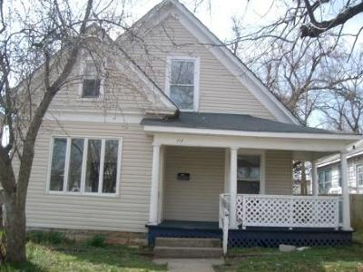 Springfield MO Single Family Home For Sale: $88,930