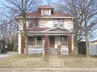 Springfield Multi Family Home For Sale: 419 West State Street