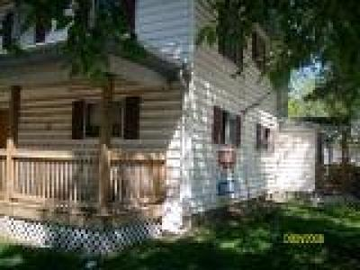 Springfield Multi Family Home For Sale: 633 West Division Street