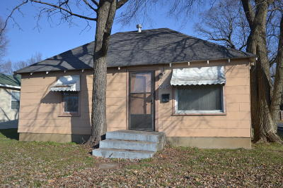 Springfield Single Family Home For Sale: 710 North Kansas Expressway