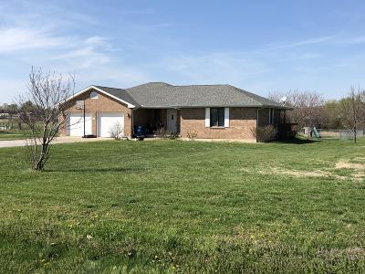 Stockton MO Single Family Home For Sale: $174,900