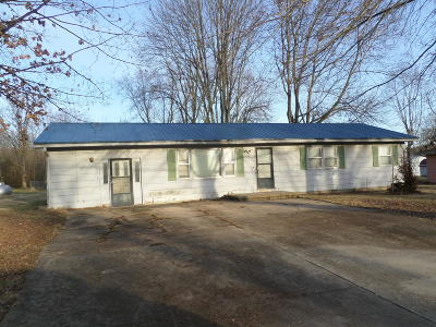 Polk County Single Family Home For Sale: 500 South Bolivar Road