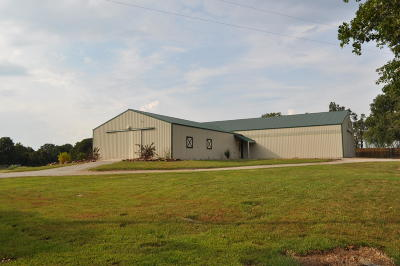 Marionville Farm For Sale: 23550 Lawrence 2100