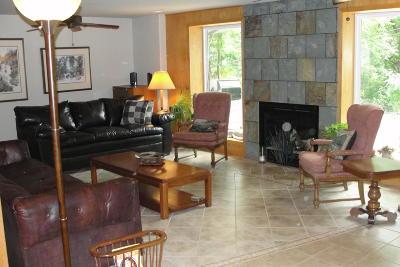 Eminence Single Family Home For Sale: 16017 Ohio Avenue