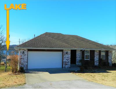 Kimberling City MO Single Family Home For Sale: $157,500
