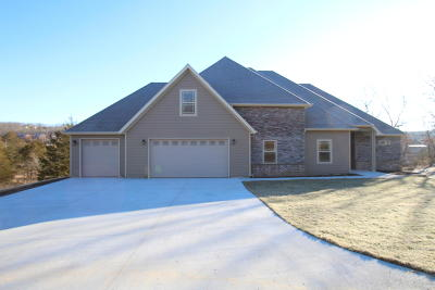 Stone County Single Family Home For Sale: 92 Blue Lake Trail