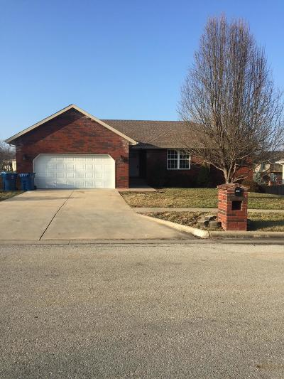 Nixa MO Single Family Home For Sale: $259,900
