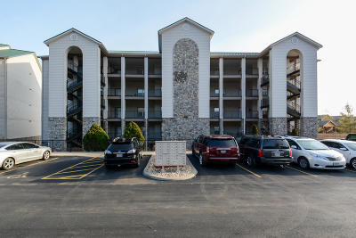 Branson, Branson West Condo/Townhouse For Sale: 106 Celebration Cove #243