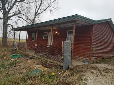 Stockton MO Single Family Home For Sale: $79,500