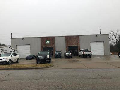 Christian County Commercial For Sale: 1532 North Commercial Road