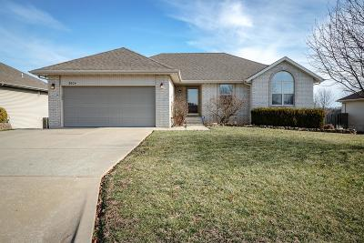 Ozark MO Single Family Home For Sale: $219,900