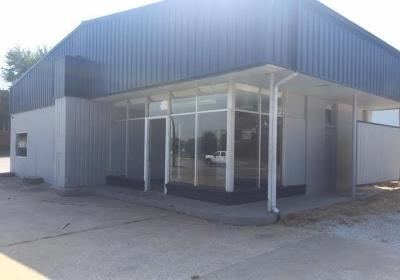 Commercial For Sale: 918 West Central Avenue