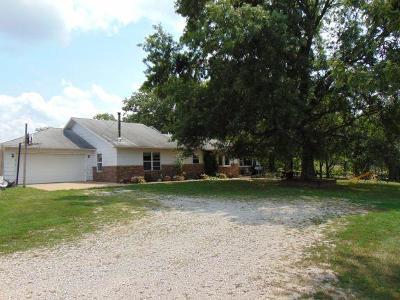 Macomb MO Farm For Sale: $399,900