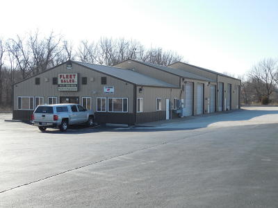 Commercial For Sale: 3640 West Chestnut Expressway