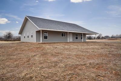 Monett Single Family Home For Sale: 8855 Lawrence 2220