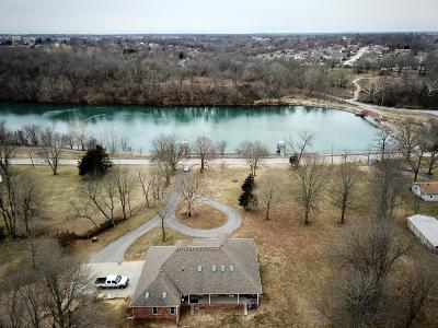 Springfield Single Family Home For Sale: 2393 East Valley Water Mill Road