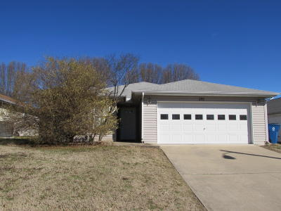 Branson MO Single Family Home For Sale: $135,000