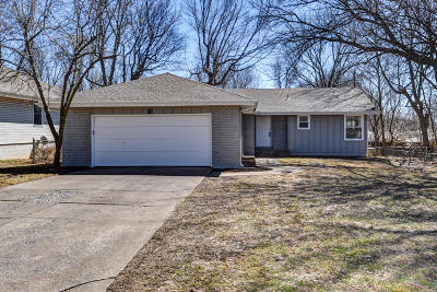 Springfield Single Family Home For Sale: 1226 West Swan Street