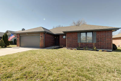 Springfield Single Family Home For Sale: 3631 South Lexus Avenue