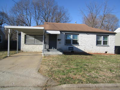 Springfield Single Family Home For Sale: 219 West Lindberg Street