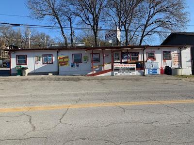 Merriam Woods, Rockaway Beach Commercial For Sale: 2990 State Hwy 176