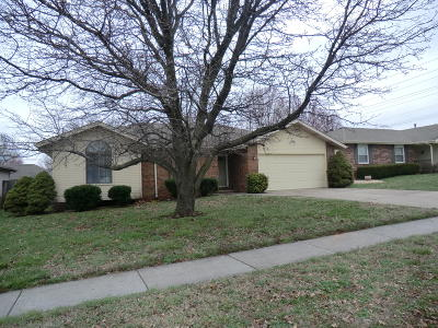 Springfield MO Single Family Home For Sale: $144,900