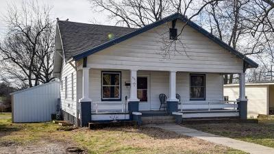 Aurora Single Family Home For Sale: 531 South Lincoln Avenue
