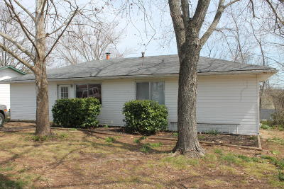 West Plains Single Family Home For Sale: 212 Pine Street