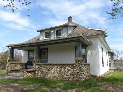 Marshfield Single Family Home For Sale: 1122 North Buffalo Street