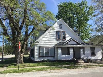 Aurora Single Family Home For Sale: 3 East Delta Street