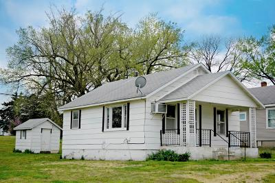El Dorado Springs Single Family Home For Sale: 306 West Joe Davis Street