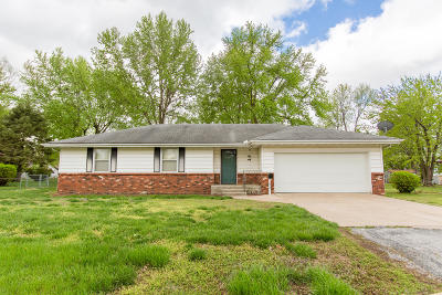 Springfield Single Family Home For Sale: 1816 West Cherokee Street