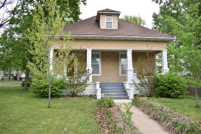 Monett Single Family Home For Sale: 306 West County