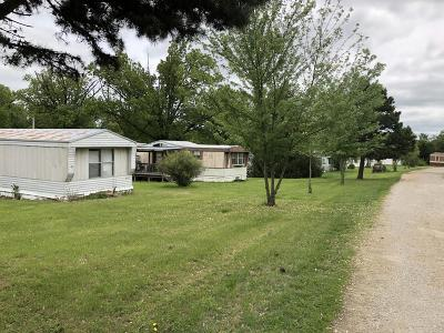 Webster County Multi Family Home For Sale: 700 Bowen Creek Road