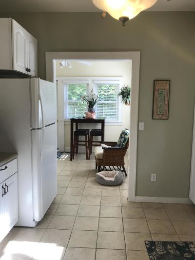 Springfield Single Family Home For Sale: 522 West Scott Street