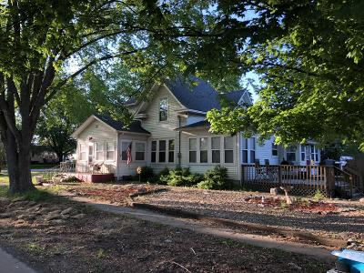 Stone County Single Family Home For Sale: 202 East Meadow Avenue
