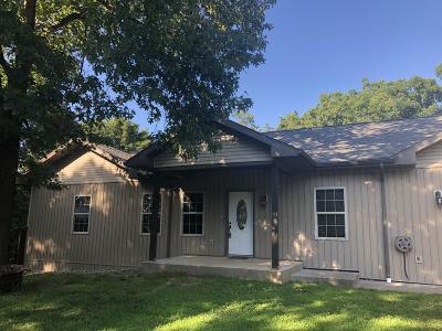 Reeds Spring Single Family Home For Sale: 196 Yates Avenue