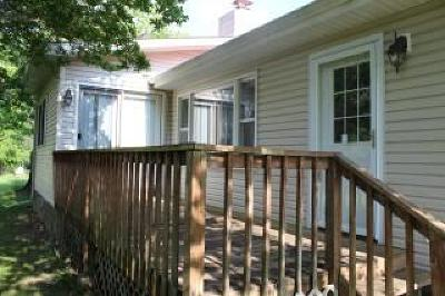 Protem Single Family Home For Sale: 320 Morse