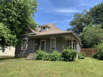 Springfield Single Family Home For Sale: 1025 West Madison Street
