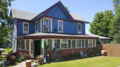 Dallas County Single Family Home For Sale: 202 Missouri